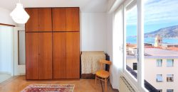 For sale an apartment on the top floor in the center of Ospedaletti