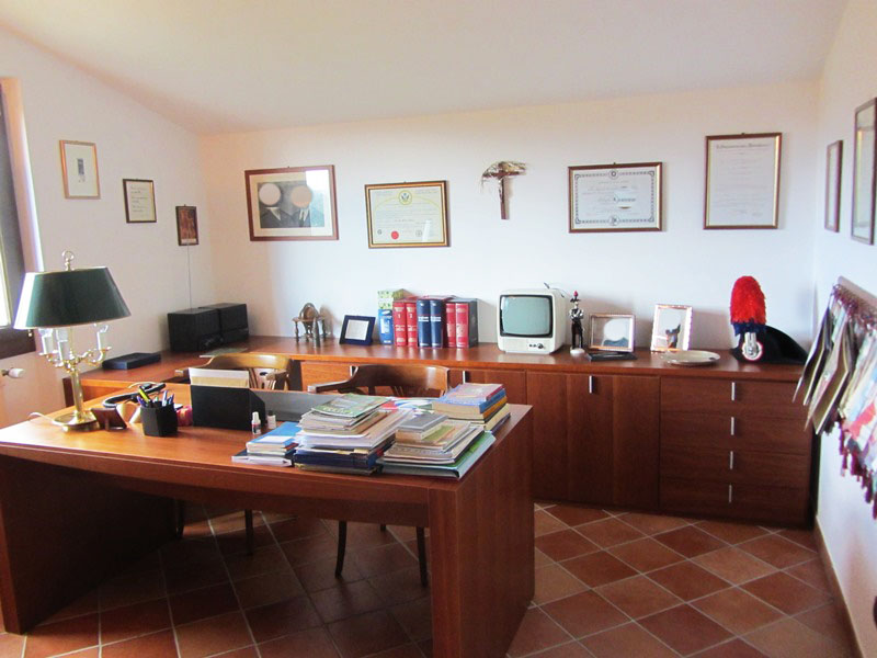 For sale a manor house in Carro north of Cinque Terre