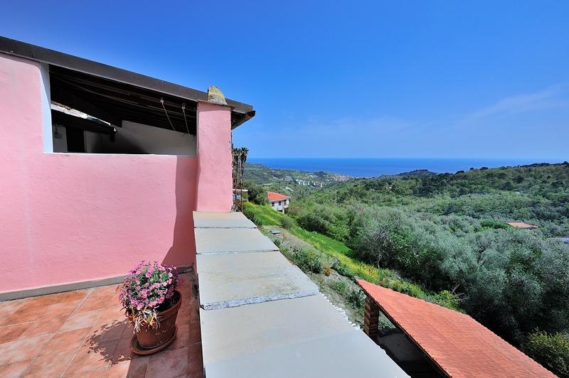 In uno dei borghi più belli d'Italia vendesi casa tipica di paese di 75 mq!