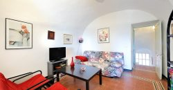 For sale a nice duplex with terrace and balcony at Lingueglietta
