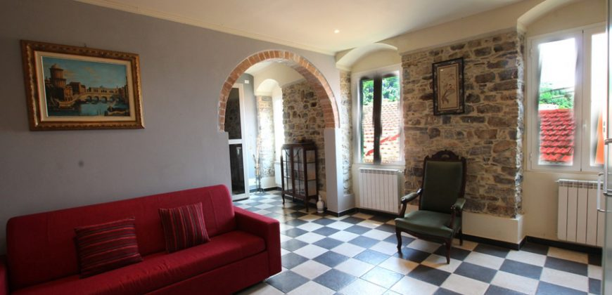 For sale a large town house with garden and a lovely panorama