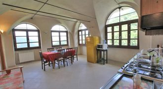 For sale a noble restored apartment with common pool