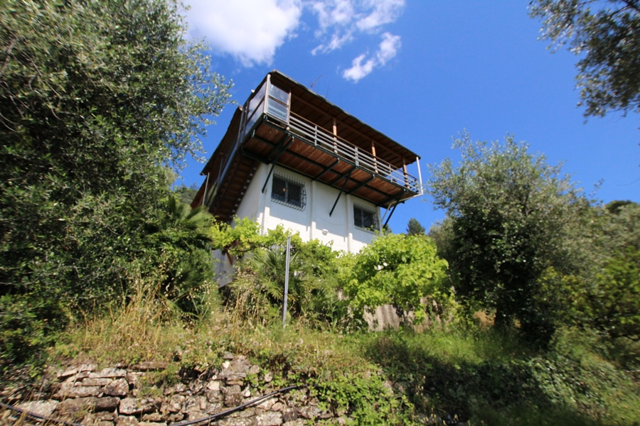 For sale a detached villa in the principality of Seborga