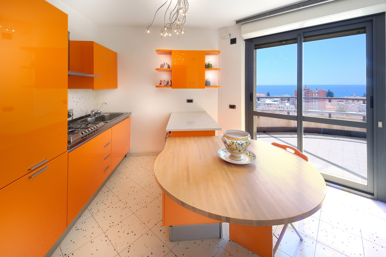 For sale a duplex penthouse with a pool  in Arma di Taggia