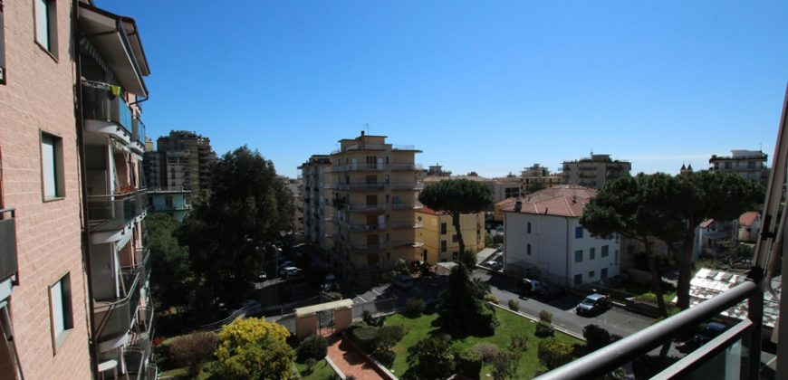 For sale a comfortable apartment with private parking!