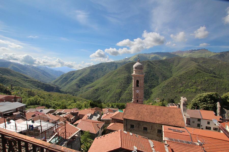 Till salu ett trevligt byhus i Andagna