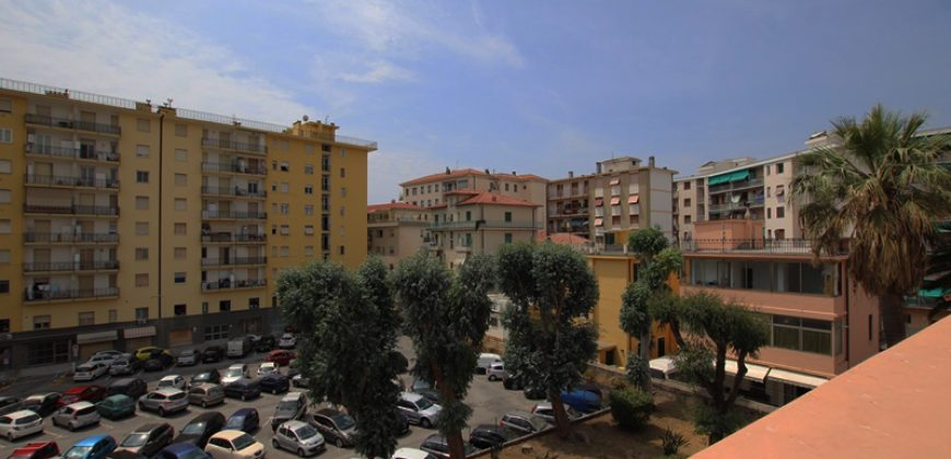For sale a lovely penthouse in Viale delle Palme!