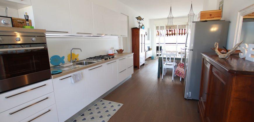 For sale an unique apartment in Arma di Taggia