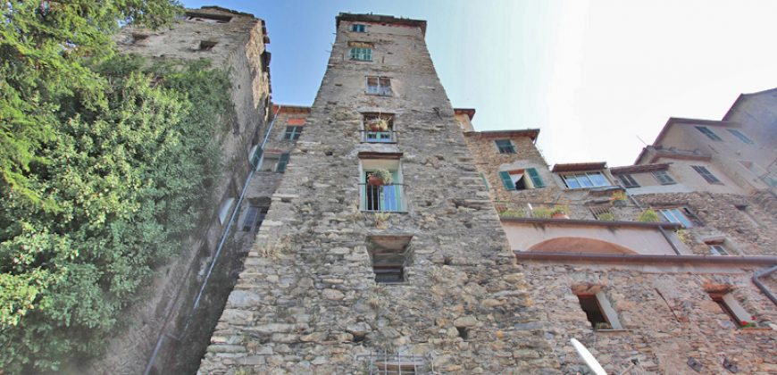 For sale a portion of a historical tower, actually used as B&B