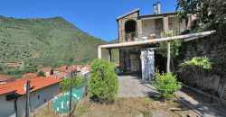 For sale a detached villa with spectacular view over Badalucco