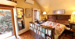 For sale a cozy habitation in a historical building!