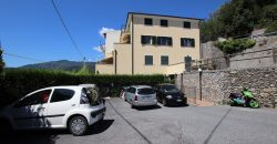 For sale a apartment with a lovely terrace in Bardino Nuovo