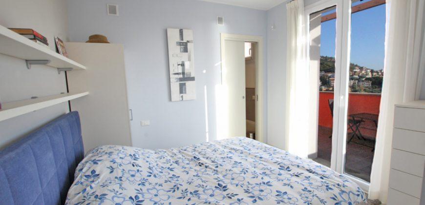 Vendesi un stupendo duplex a Pietra Ligure!