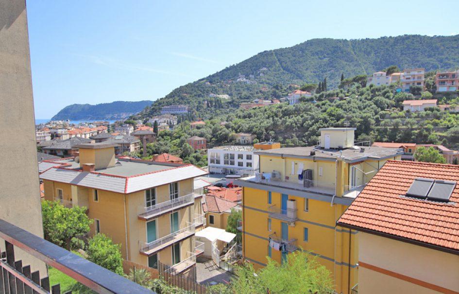 Till salu en fin lägenhet i Alassio
