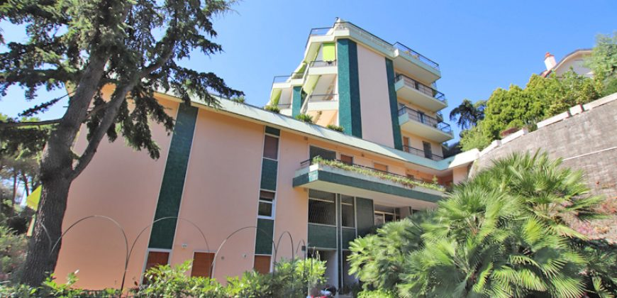 For sale a lovely apartment in Sanremo