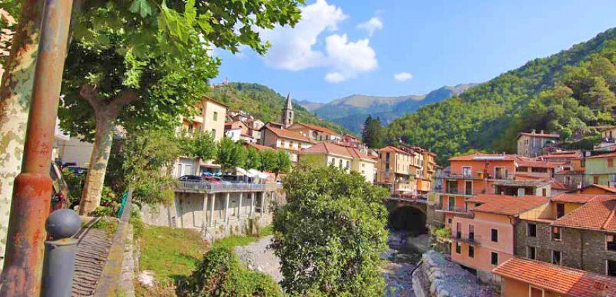 For sale a cozy apartment in Molini di Triora